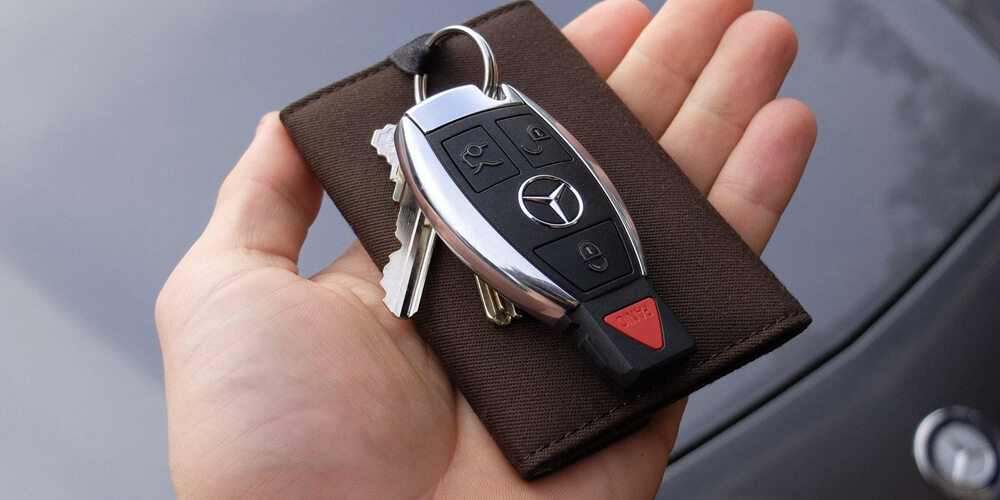 Car Key Fob - Replacement Car Keys | Call Us Now (888) 736-5397